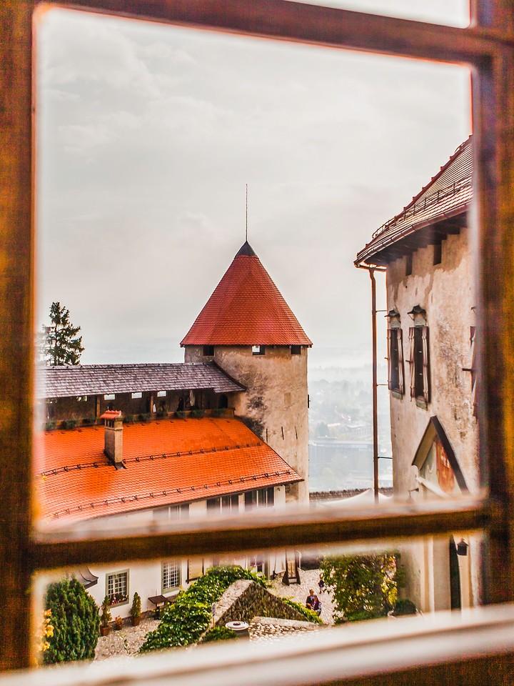 斯洛文尼亚布莱德城堡,走近窥探_图1-9
