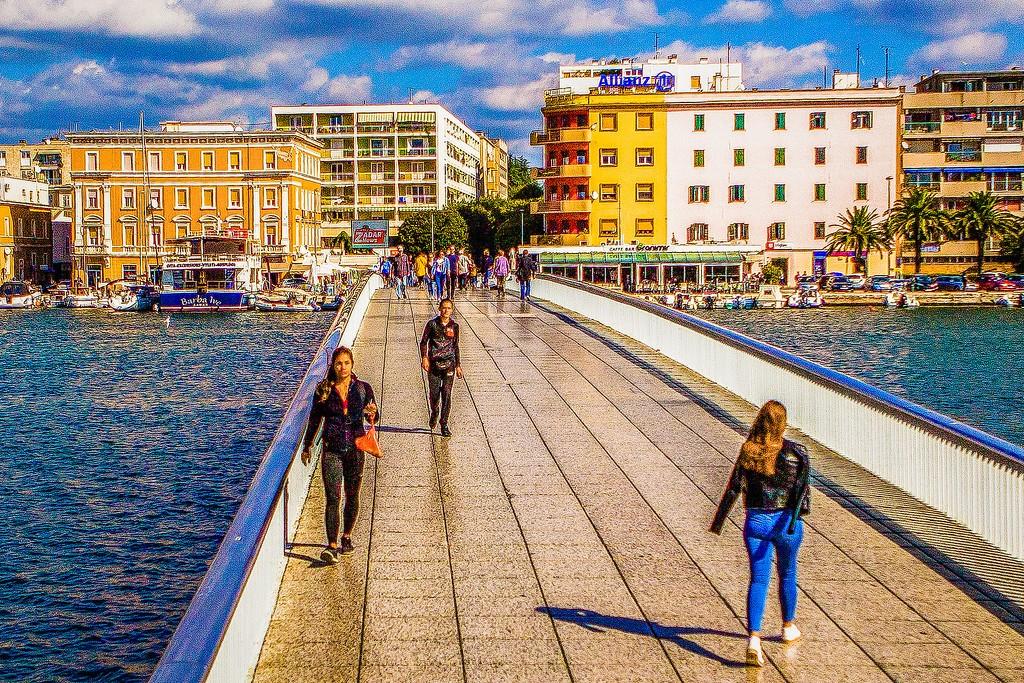 克罗地亚扎达尔(Zadar),滨江岸景_图1-28