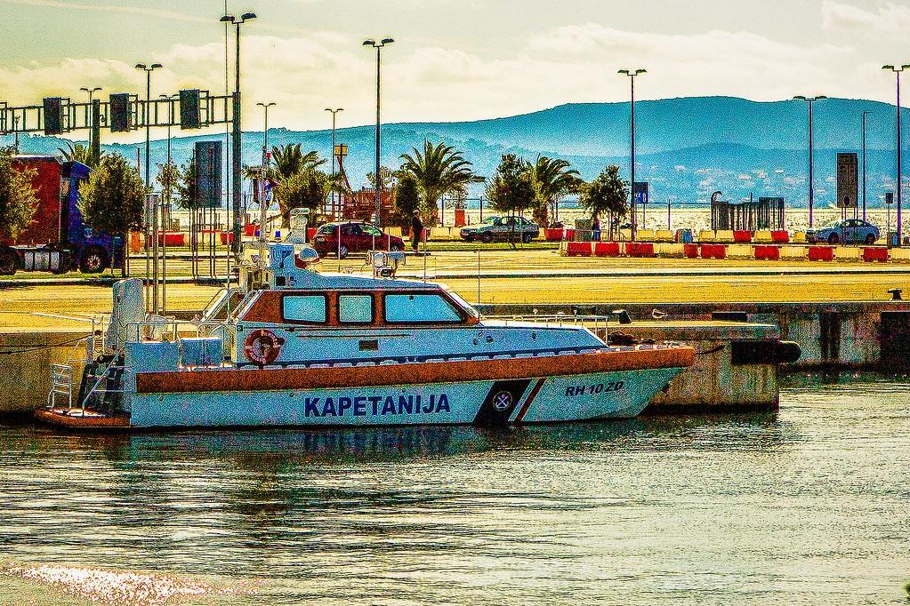 克罗地亚扎达尔(Zadar),滨江岸景_图1-18