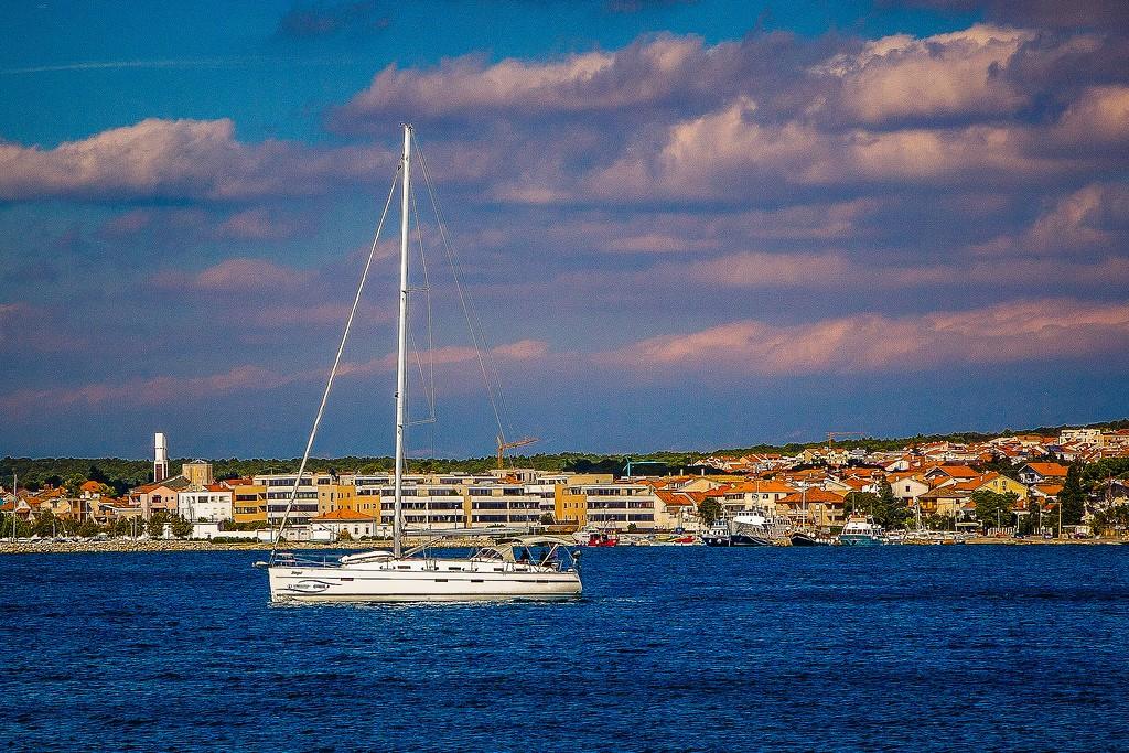 克罗地亚扎达尔(Zadar),滨江岸景_图1-4