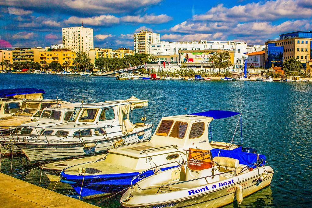 克罗地亚扎达尔(Zadar),滨江岸景_图1-3