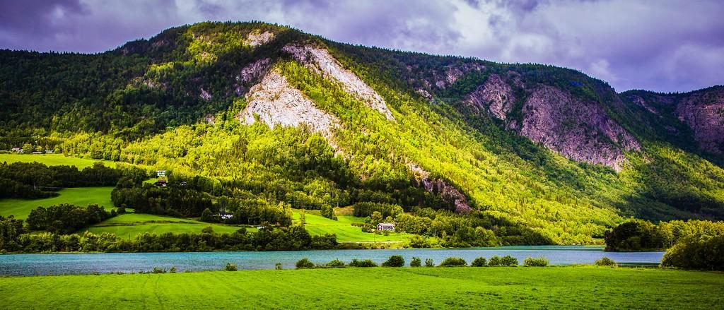 北欧风光,山林中的家_图1-30