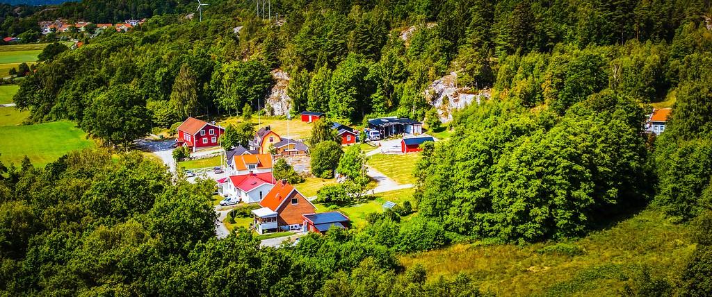 北欧风光,山林中的家_图1-6