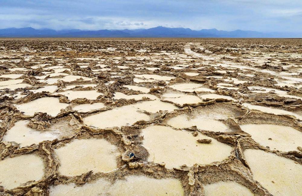 达纳基勒洼地---地球盐与绿泉_图1-18