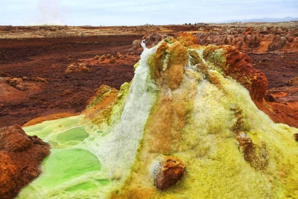 达纳基勒洼地---地球盐与绿泉_图1-31