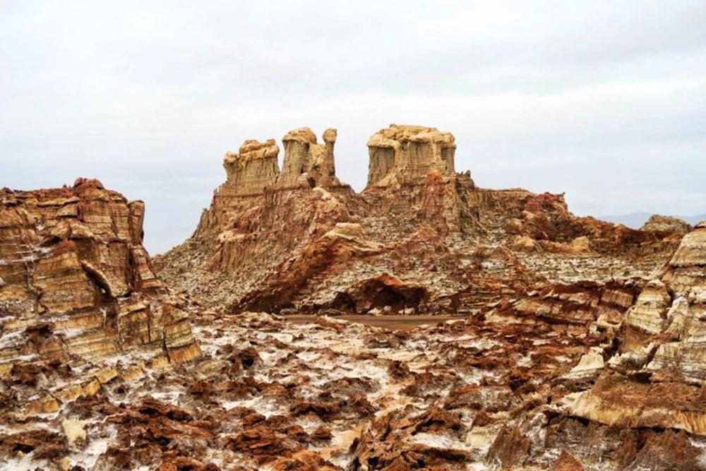 达纳基勒洼地---地球盐与绿泉_图1-33