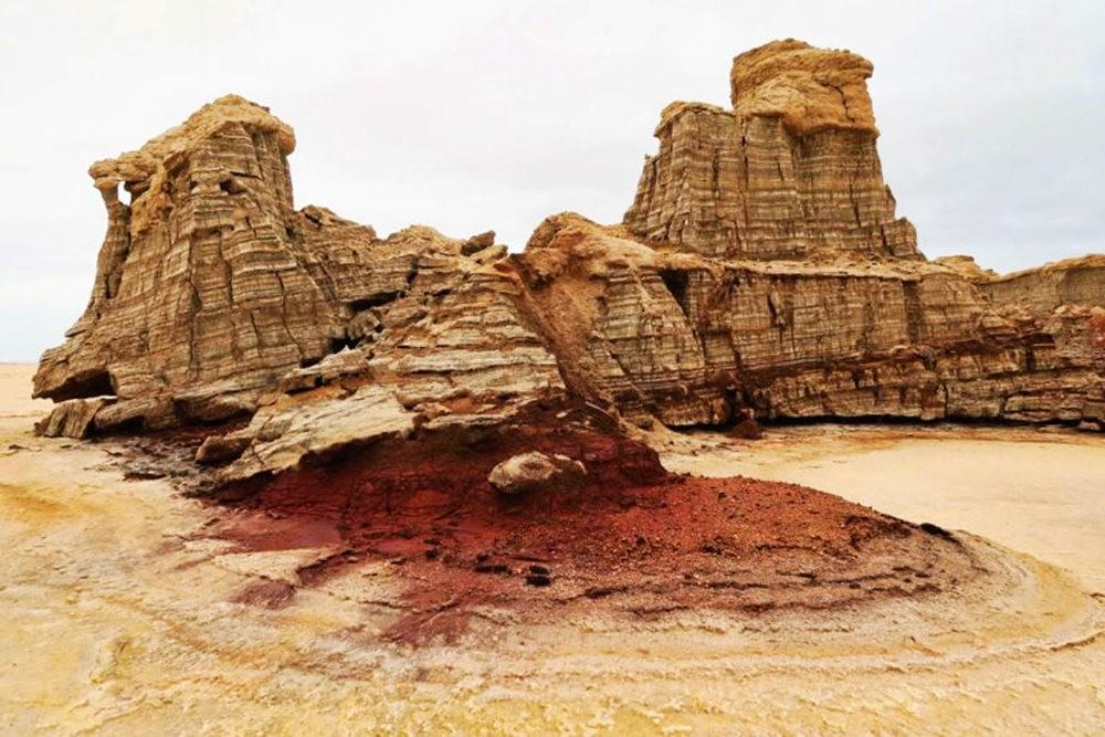 达纳基勒洼地---地球盐与绿泉_图1-34