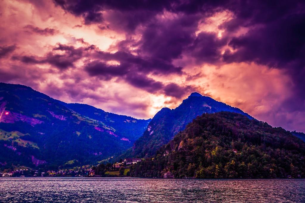 瑞士卢塞恩(Lucerne),透过层云_图1-6