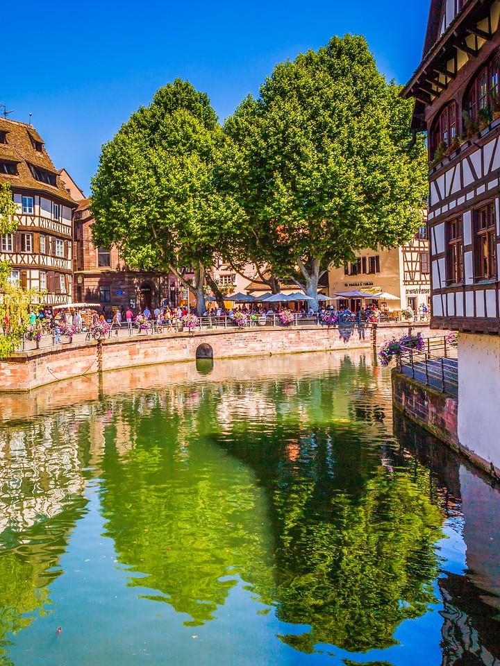 法国斯特拉斯堡(Strasbourg),河边眺望_图1-27