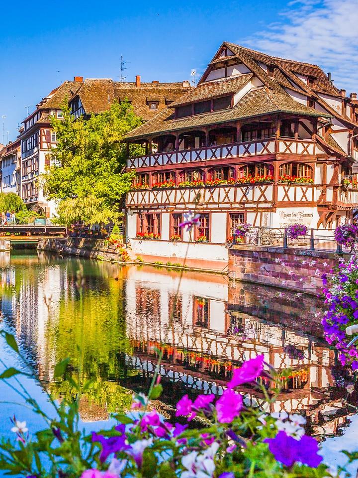 法国斯特拉斯堡(Strasbourg),河边眺望_图1-12