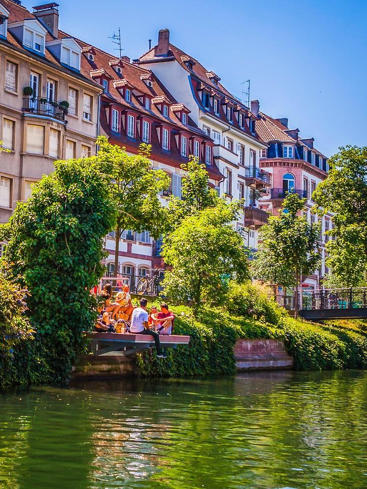 法国斯特拉斯堡(Strasbourg),河边眺望_图1-1