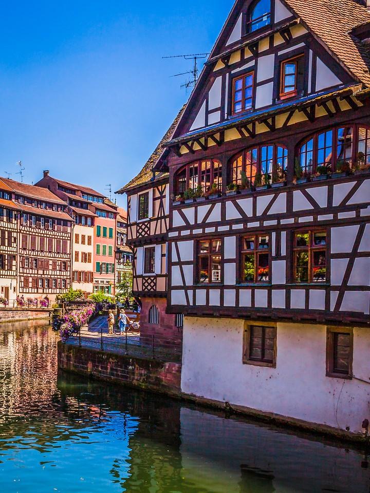 法国斯特拉斯堡(Strasbourg),河边眺望_图1-5