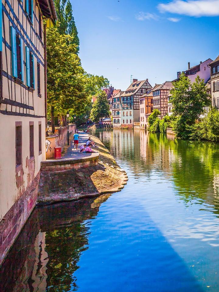 法国斯特拉斯堡(Strasbourg),河边眺望_图1-7