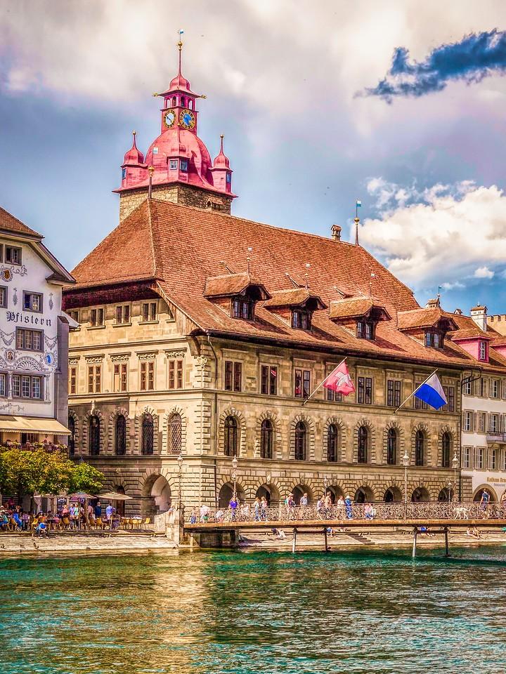 瑞士卢塞恩(Lucerne),墙上杰作_图1-36