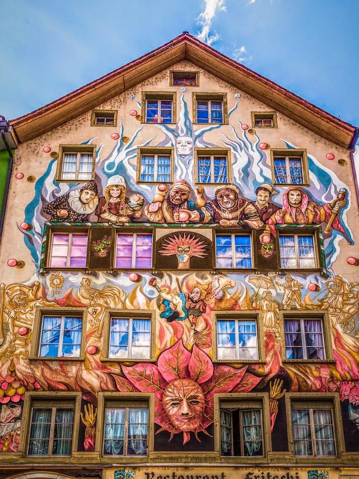 瑞士卢塞恩(Lucerne),墙上杰作_图1-1