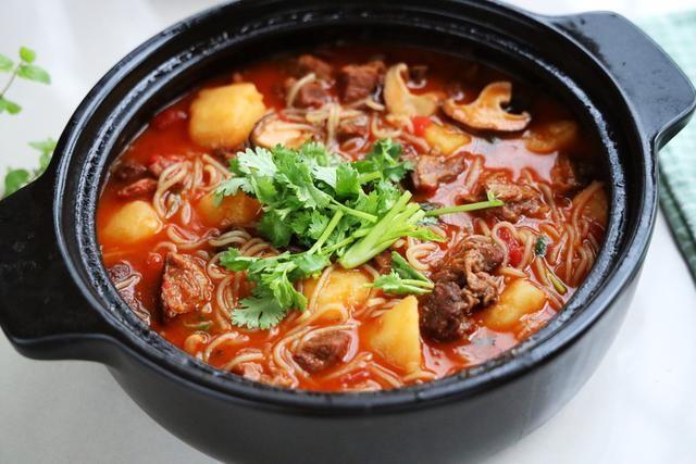 伏天最爱的一锅炖,有肉有菜有汤汁,夏天就吃这一口真够味 ..._图1-1
