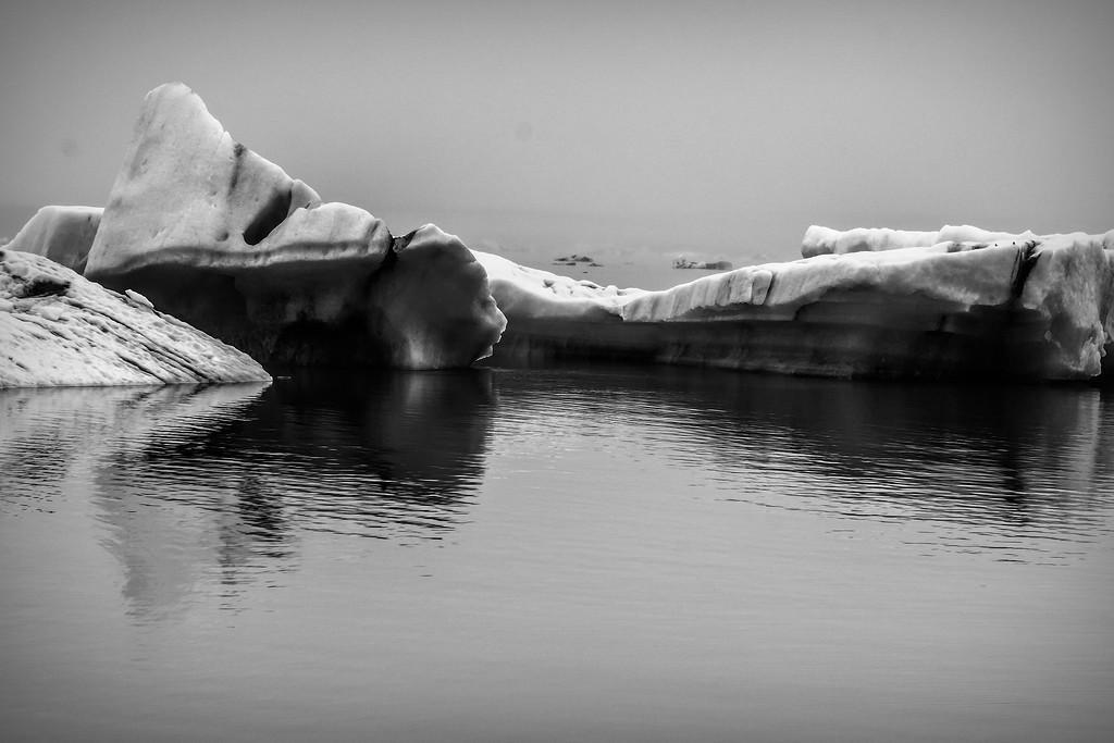 冰岛冰川泻湖(Glacier Lagoon),水上冰雕_图1-2