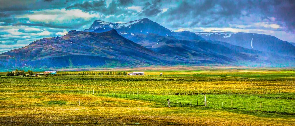 冰岛风采,迎面的山体_图1-2