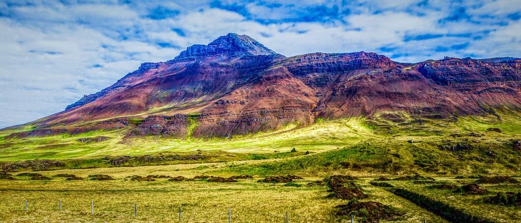 冰岛风采,迎面的山体_图1-1