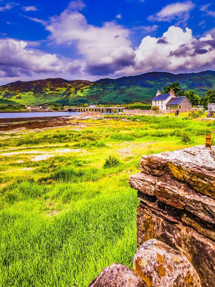 苏格兰艾琳多南城堡(Eilean Donan castle),高高耸立_图1-7