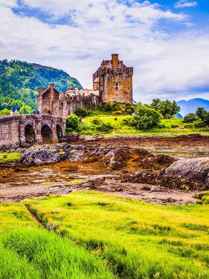 苏格兰艾琳多南城堡(Eilean Donan castle),高高耸立_图1-14
