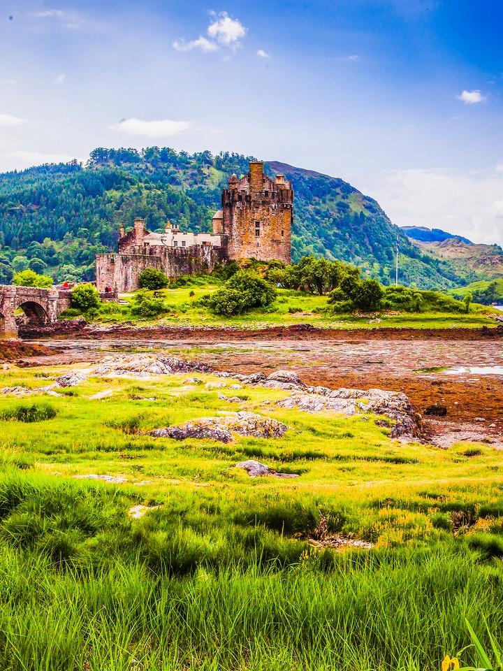 苏格兰艾琳多南城堡(Eilean Donan castle),高高耸立_图1-30