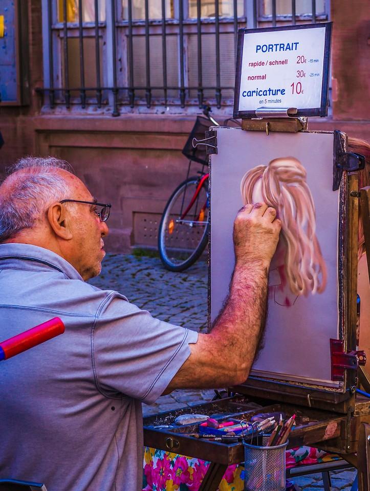 法国斯特拉斯堡(Strasbourg),街上的人气_图1-1