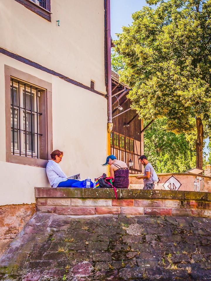 法国斯特拉斯堡(Strasbourg),街上的人气_图1-18