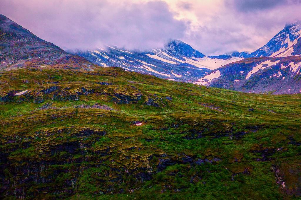 北欧风光,眺望雪山_图1-3