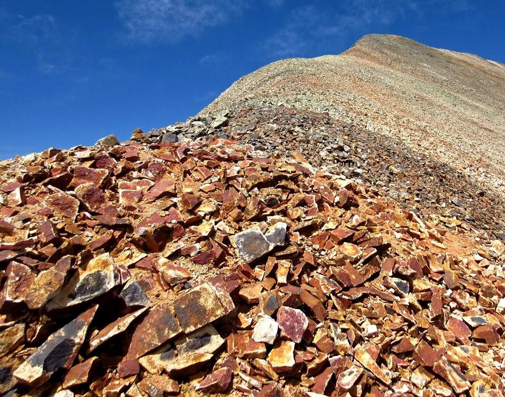 奥斯卡峰的碎石_图1-1