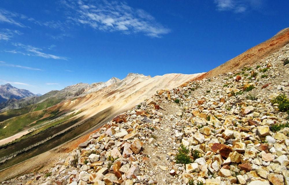 奥斯卡峰的碎石_图1-16