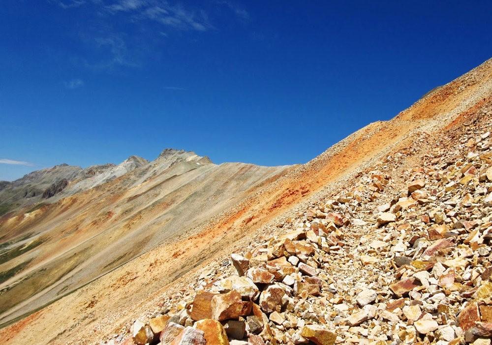 奥斯卡峰的碎石_图1-18