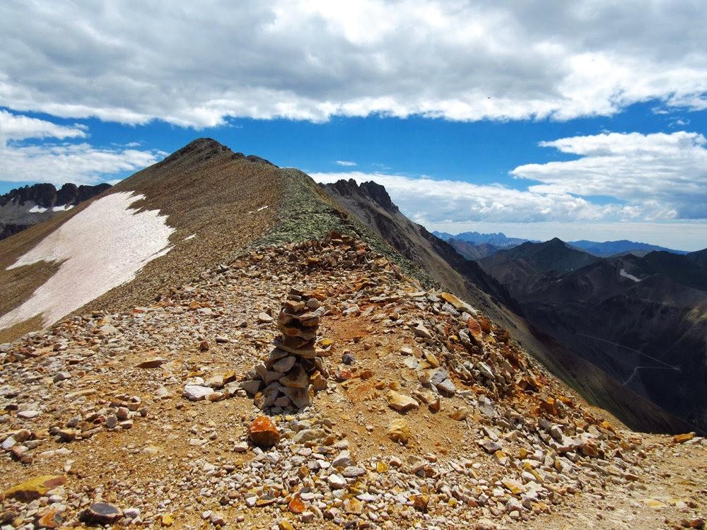 奥斯卡峰的碎石_图1-19