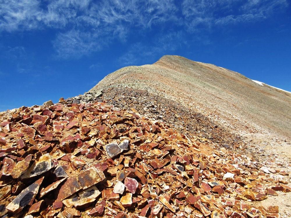 奥斯卡峰的碎石_图1-20