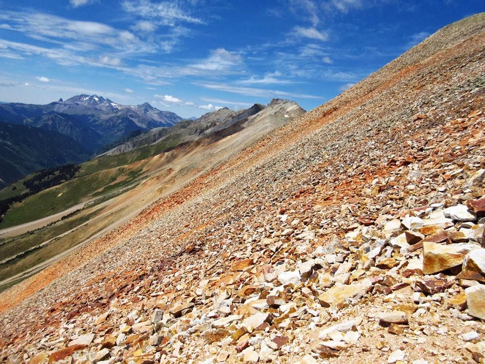 奥斯卡峰的碎石_图1-23