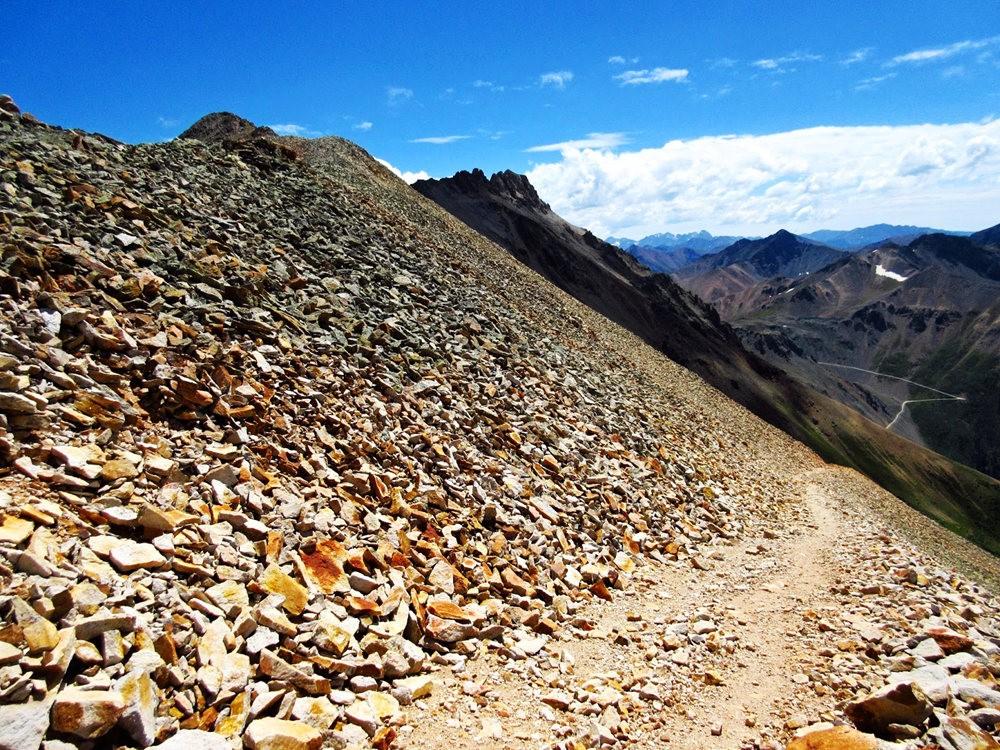 奥斯卡峰的碎石_图1-25