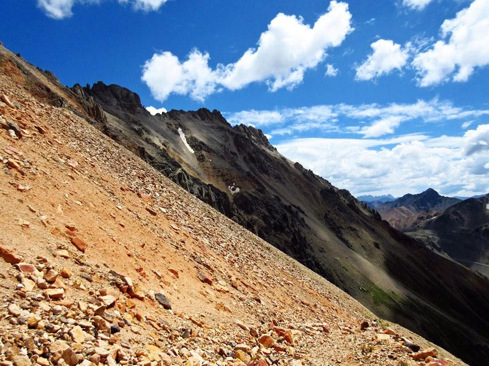 奥斯卡峰的碎石_图1-27