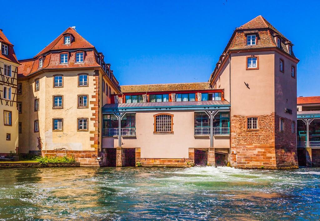 法国斯特拉斯堡(Strasbourg),老城老建筑_图1-4