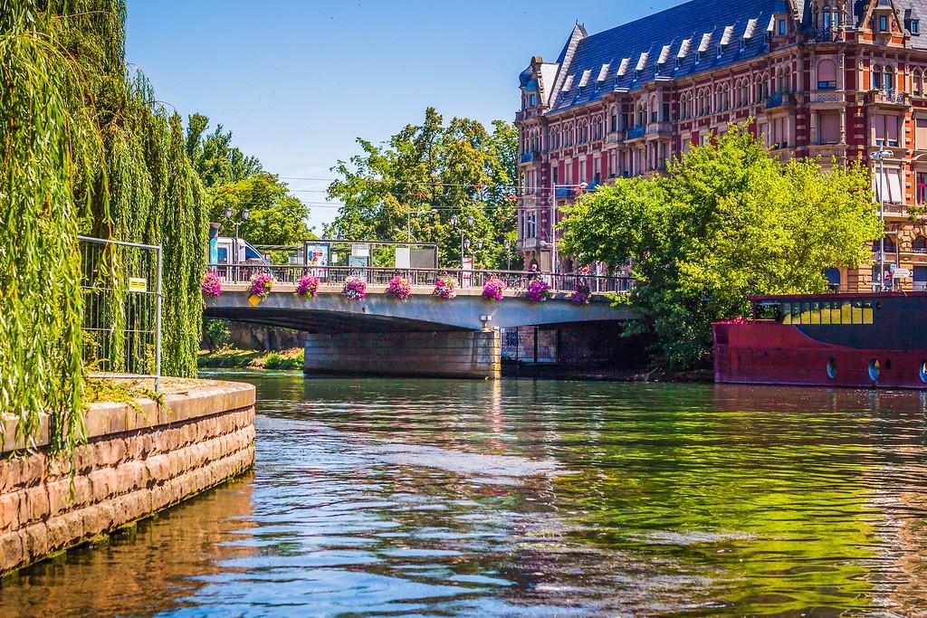 法国斯特拉斯堡(Strasbourg),老城老建筑_图1-3