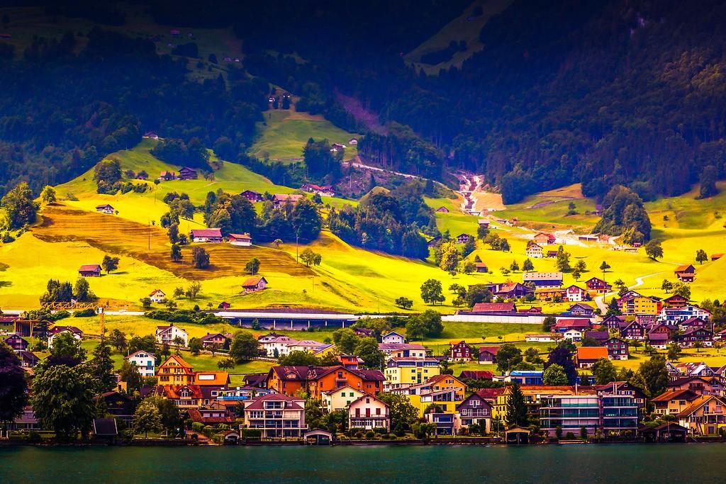 瑞士卢塞恩(Lucerne),山坡上的民居_图1-36