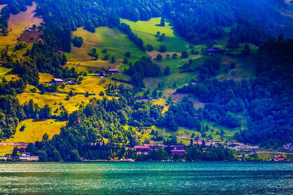 瑞士卢塞恩(Lucerne),山坡上的民居_图1-33