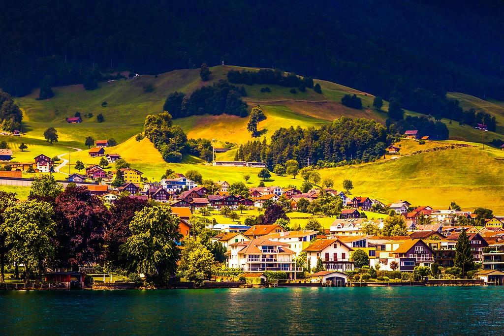 瑞士卢塞恩(Lucerne),山坡上的民居_图1-37