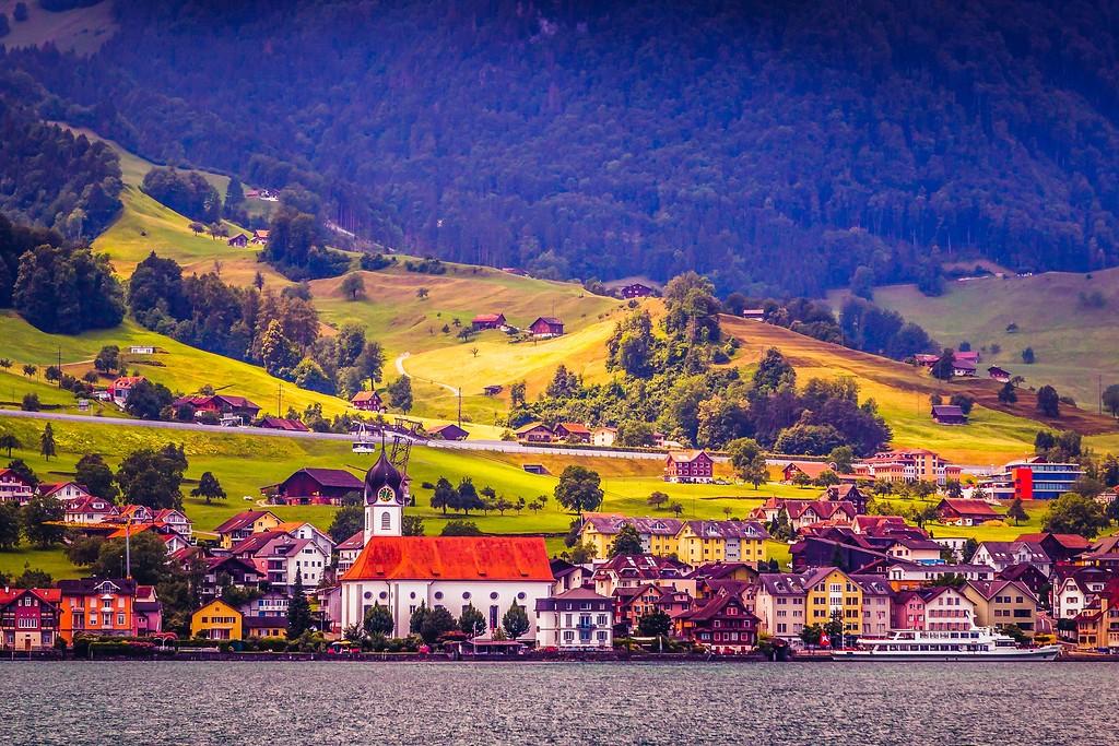 瑞士卢塞恩(Lucerne),山坡上的民居_图1-31
