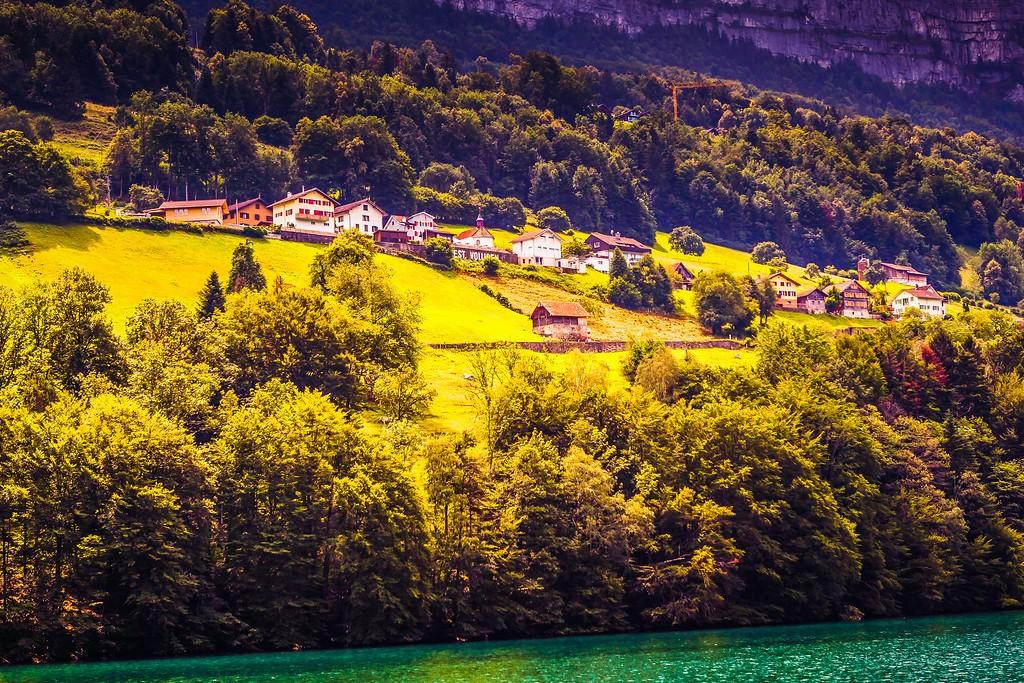瑞士卢塞恩(Lucerne),山坡上的民居_图1-26