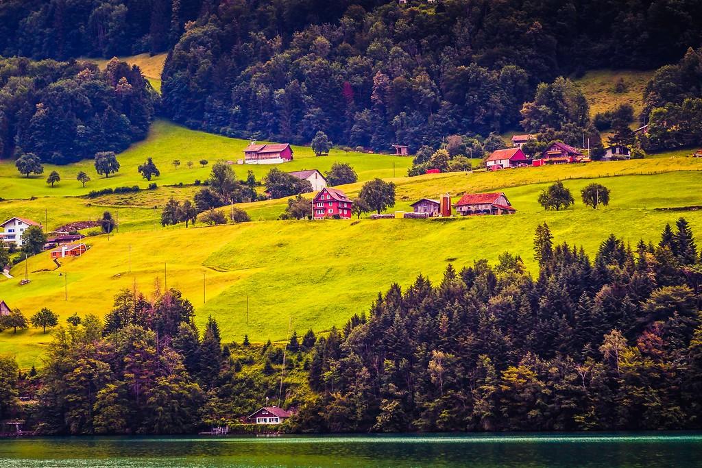 瑞士卢塞恩(Lucerne),山坡上的民居_图1-23