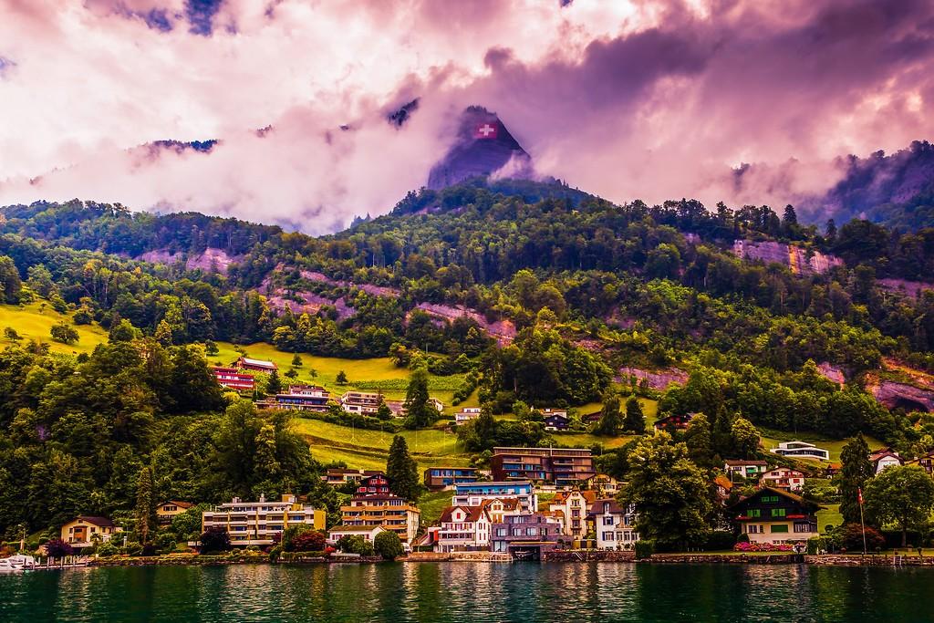 瑞士卢塞恩(Lucerne),山坡上的民居_图1-22