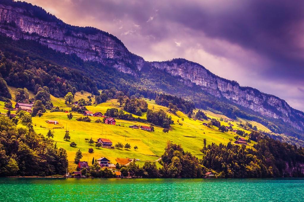 瑞士卢塞恩(Lucerne),山坡上的民居_图1-4