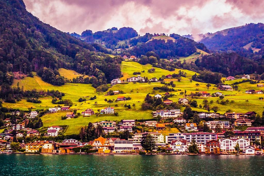 瑞士卢塞恩(Lucerne),山坡上的民居_图1-21