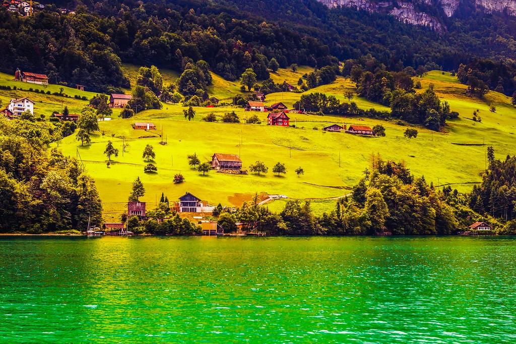 瑞士卢塞恩(Lucerne),山坡上的民居_图1-5
