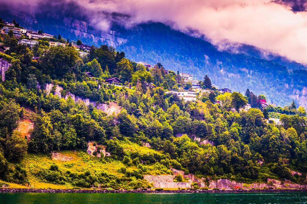 瑞士卢塞恩(Lucerne),山坡上的民居_图1-2